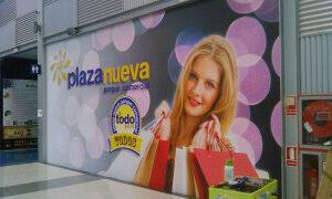 Centro Comercial Plaza Nueva vinilado escaparate