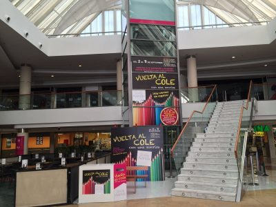 Vinilado cajón aascensor centro comercial
